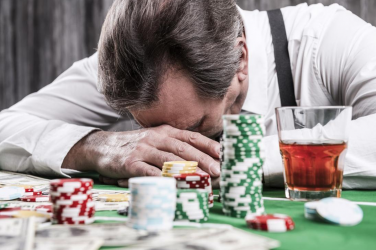 How to Know When Gambling Behavior Becomes a Problem